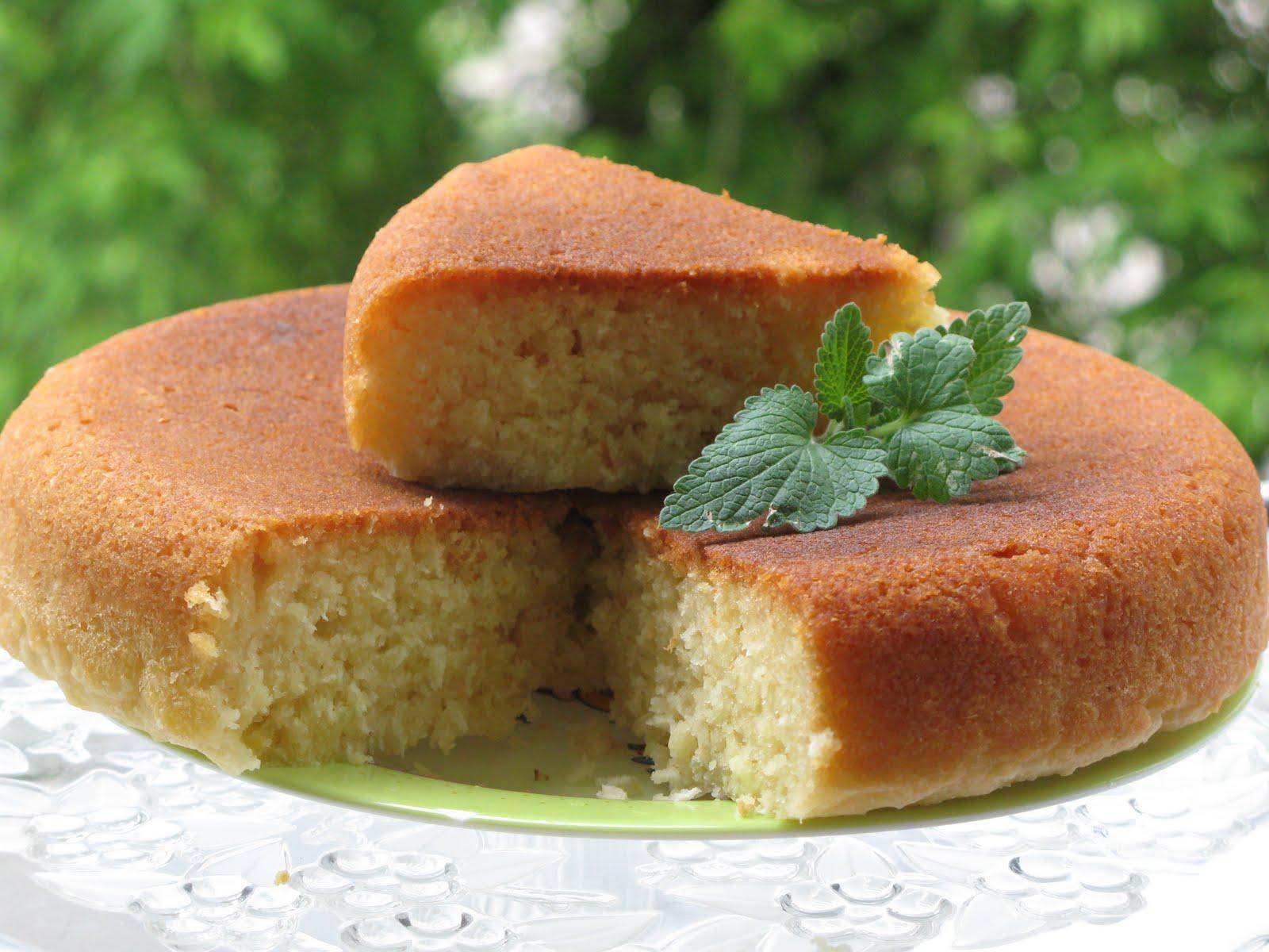 Манник на кефире – 4 самых вкусных рецепта